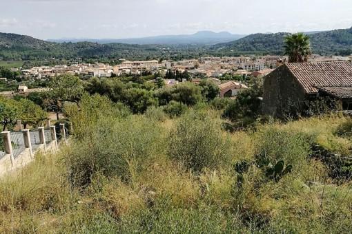 Baugrundstück mit herrlichem Weitblick in Alaró