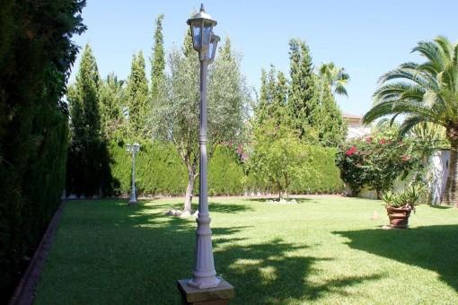Hübscher und gepflegter Garten