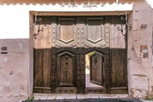 Antikes Eingangstor