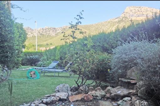 Gepflegte Erdgeschosswohnung in gepflegter Anlage mit großzügigem Garten nur 50 m vom Meer entfernt