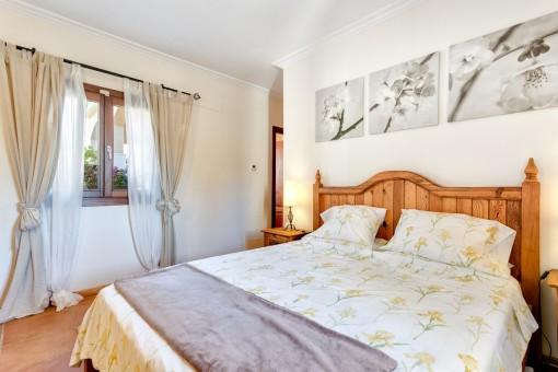 Die Villa hat vier Doppel-Schlafzimmer