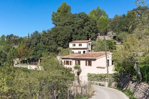 Rustikale Finca mit Gästehaus, Pool und Panoramablick