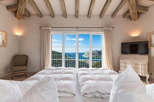 Panoramafenster bieten einen hübschen Meerblick