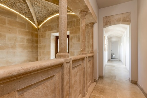Schöne Galerie im Obergeschoss