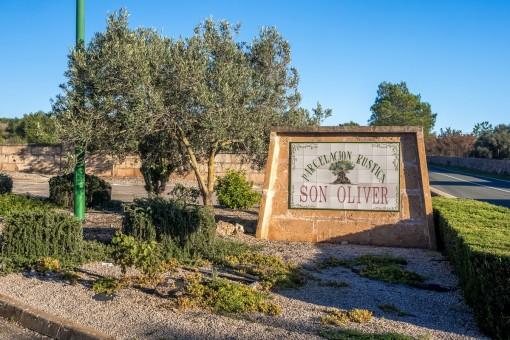Das Grundstück befindet sich in einer ländlichen Umgebung