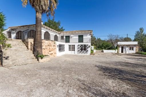 Große Villa mit Pool in ruhiger Umgebung und in der Nähe von Palma