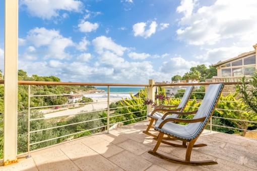 Traumhafte Villa direkt am Strand mit privaten Strandzugang