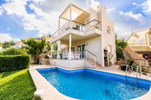 Fantastische Villa mit Pool en Cala Mandia