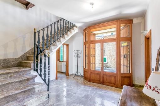 Großzügiges Dorfhaus mit Patio, Pool- und Garagenmöglichkeit in Mancor de la Vall