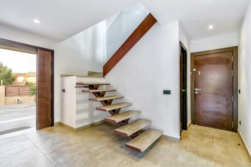 Treppe zum zweiten Stock