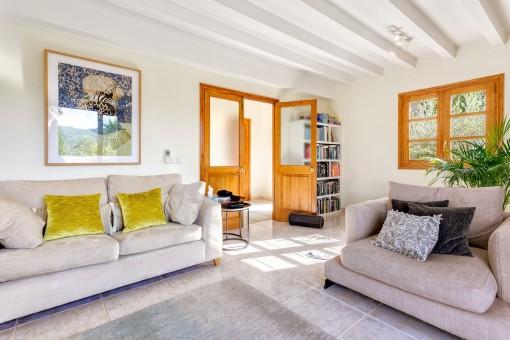 Komfortable Sitzmöglichkeiten im Wohnbereich