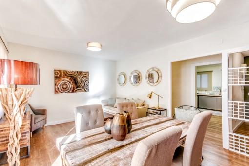 Schön aufgeteilte und möblierte Wohnung direkt am Paseo Maritimo