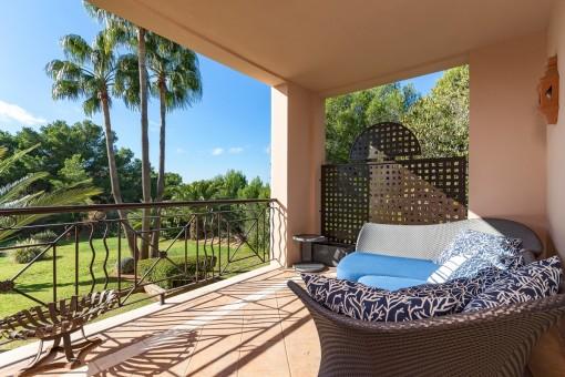 Geräumige, helle Luxuswohnung mit Gartenblick in Santa Ponsa