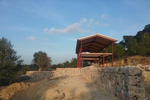Das Fincaprojekt befindet sich auf einem großen Grundstück
