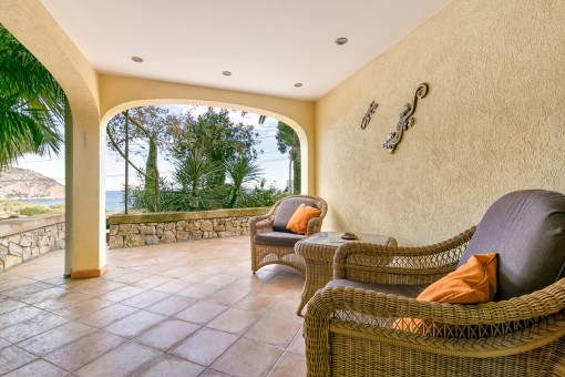 Die Villa bietet einige Terrassen