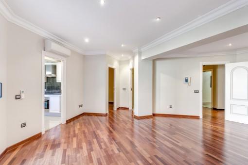 moderne wohnung in luxuri ser anlage mit pool in palma kaufen. Black Bedroom Furniture Sets. Home Design Ideas