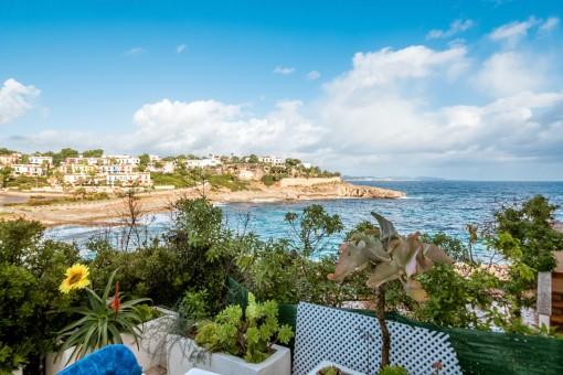 Bezauberndes Duplexapartment mit atemberaubenden Meerblick und Strandzugang in Cala Murada