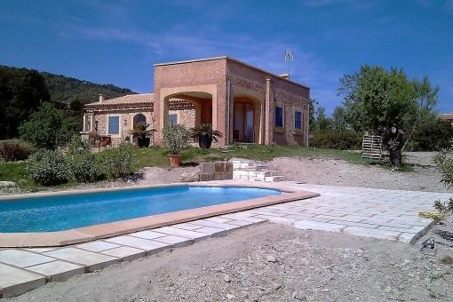 Schöne Finca mit Garten und Pool Nähe Son Servera