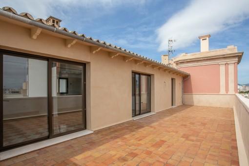 Komplett saniertes Penthouse mit großer Terrasse  im Stadtzentrum von Palma