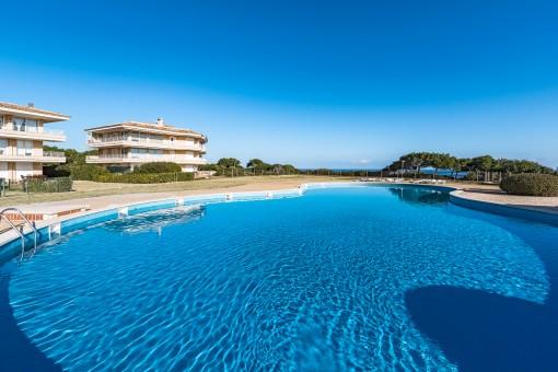 Schöne Erdgeschosswohnung in toller Wohnanlage mit Meerblick in Porto Colom