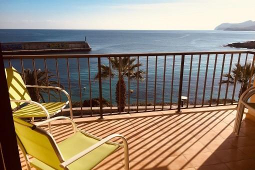Schöne Wohnung in erster Meereslinie am Hafen von Cala Ratjada