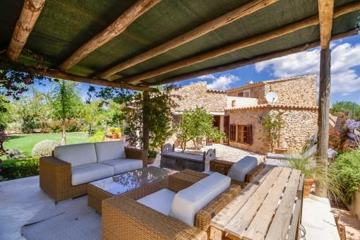 Herrliche Terrasse mit Loungebereich