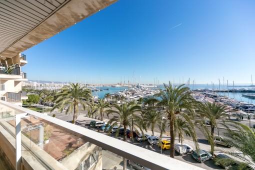 Geräumige Wohnung direkt am Paseo Marítimo mit spektakulärem Ausblick