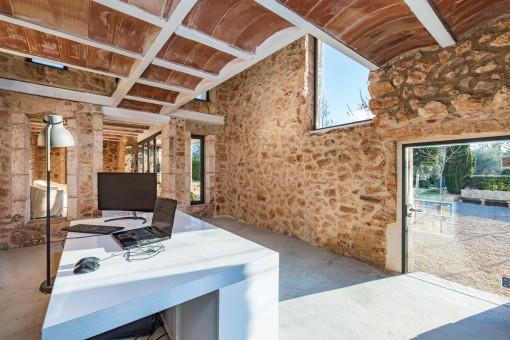 Fantastisches und lichtdurchflutetes Büro