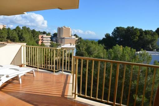Wunderschönes, südlich ausgerichtetes Apartment mit direktem Strandzugang in Cala Vinyas
