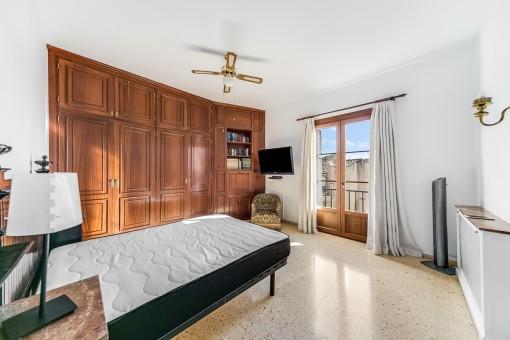 Wunderbares Doppelschlafzimmer mit Einbauschrank