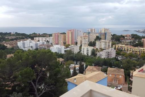 Modernes Apartment mit atemberaubendem Blick in die Bucht von Palma