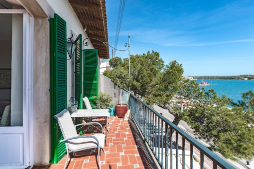Mediterraner Balkon mit Meerblick