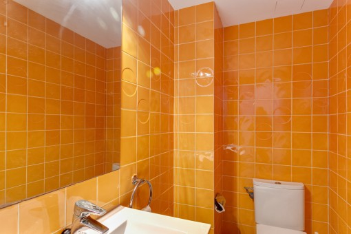 Farbenfrohes Badezimmer