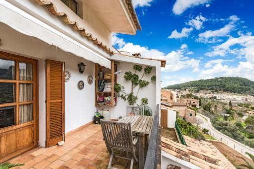 Schöne Wohnung mit Terrasse und Panoramablick in Bunyola
