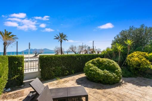 Exklusive Wohnung mit Strandzugang und Hafennähe und einen der besten Blicke über die gesamte Bucht