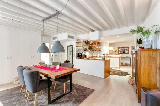 Fantastischer Essbereich mit Küche