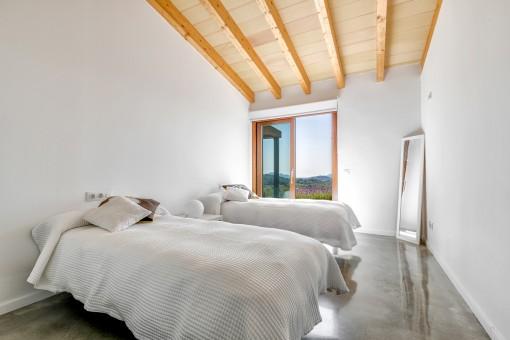 Gästeschlafzimmer mit 2 separaten Betten