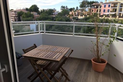 Neu renovierte, sonnige Wohnung mit Meerblick in Illetes