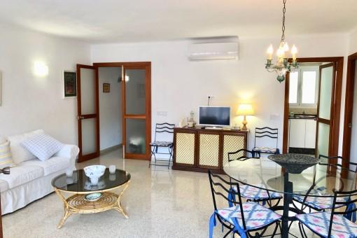 Komfortables und nach Modernisierung erstzubeziehendes Apartment nur 5 Minuten Fußminuten zum Hafen in Port de Pollença