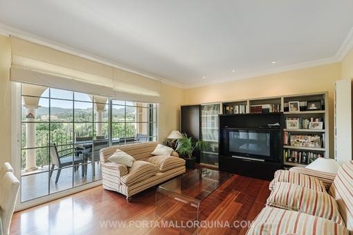 Schönes Appartement in gepflegter Umgebung mit Blick auf den Golfplatz Son Vida