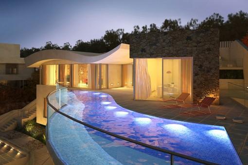 Exquisites Villaprojekt mit spektakulärem Ausblick in Cas Catala