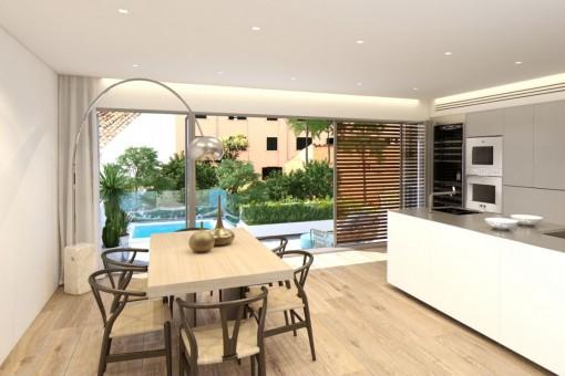 Schöner Essbereich mit Zugang zur privaten Terrasse
