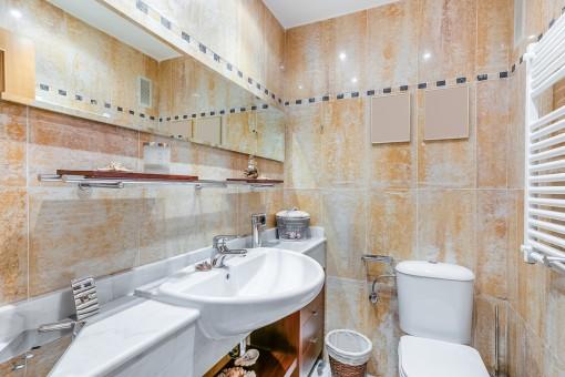 Gäste-WC mit Heizung