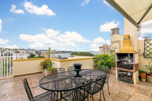 Ein komfortable Doppelhaushälfte mit herrlichem Meerblick in Cas Catala
