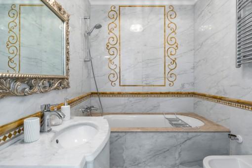 Zweites Badezimmer der Villa