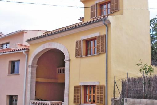 Modernes Dorfhaus in Selva mit tollem Panoramablick von der Dachterrasse