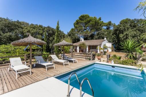 Finca mit Vermietungslizenz, Gästehaus, Pool, Grundstück und schönem Blick in Costitx