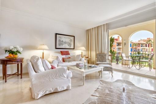 Apartment in einer Luxusanlage in erster Meereslinie in Betlem mit Panoramablick auf das Cap Formentor