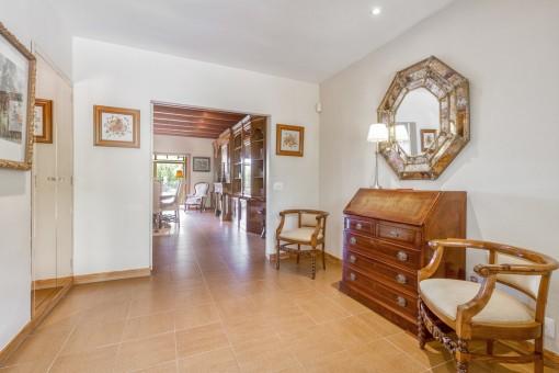Die Villa hat eine Wohnfläche von 380 qm
