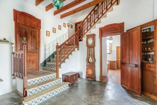 Treppenaufgang im Erdgeschoss